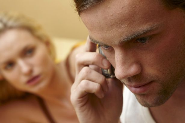 Track your husband's phone with phone spy